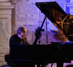 Musica nella nebbia: intervista a Filippo Gorini